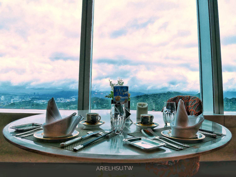 【食記】台北信義下午茶推薦【101景觀餐廳 86F:頂鮮台北101店】下午茶:買餐卷才划算,一定要預約的下午茶!TAIPEI 101 86F DingXian Sky Afternoon tea
